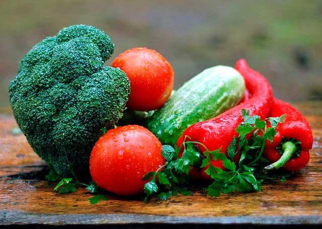 Verduras frescas para dieta alcalina