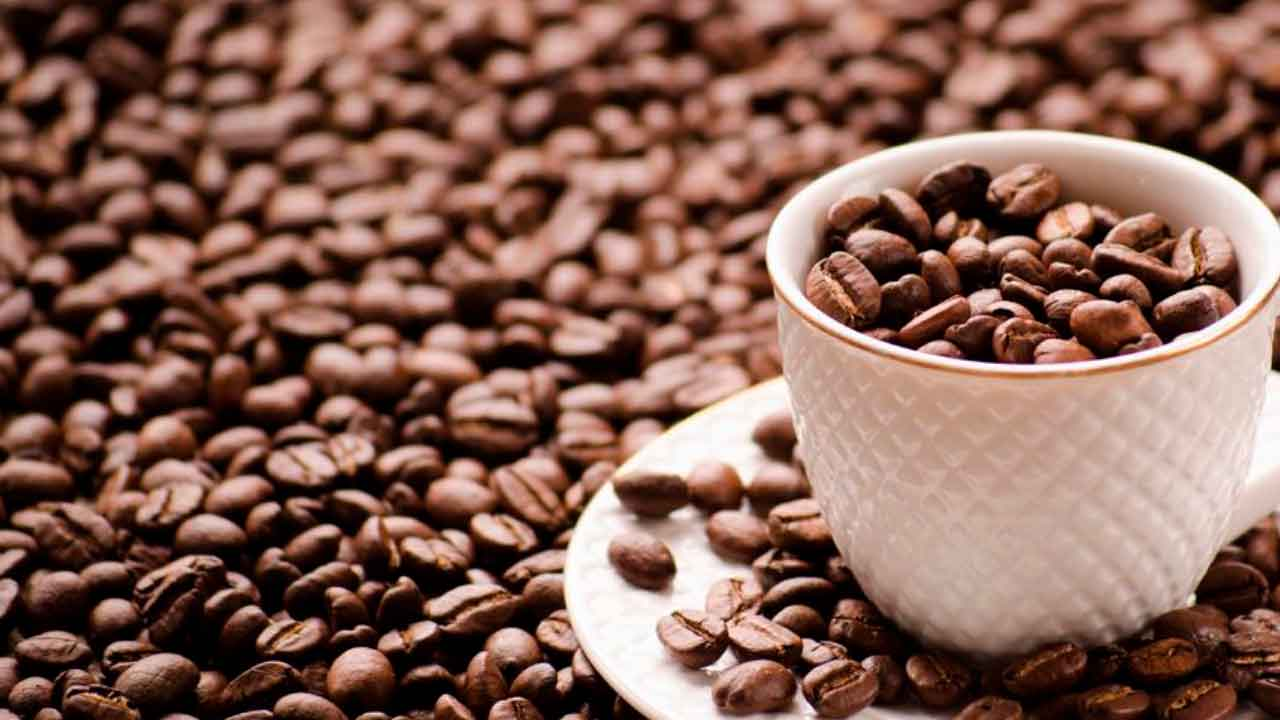 El cafe es bueno o malo