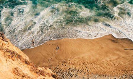El mar y los iones negativos: beneficios para la salud